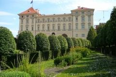 ¼ernínsk8-palác-III.